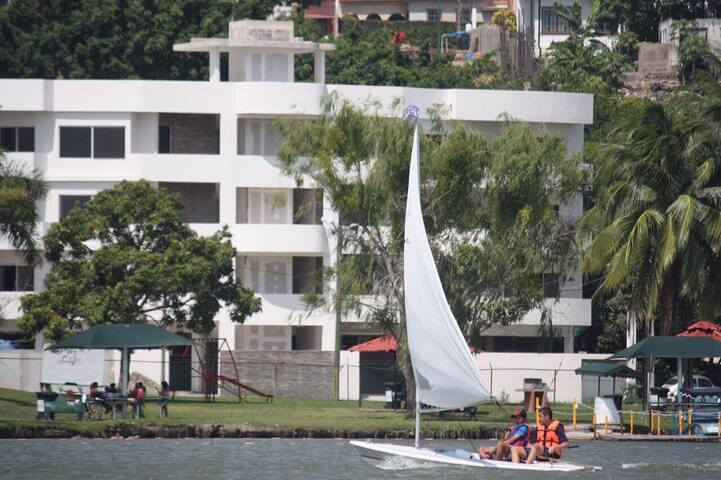 Departamentos con vista a la laguna - Tampico - Lägenhet