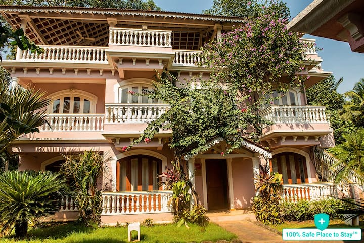 Sunstone 2BHK Luxury Villa With Pool, Goa.