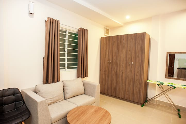 Central Park Apartments - King Room 2 - TagaHome