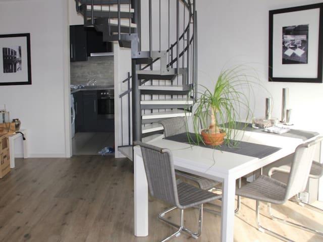 Designer - Galeriewohnung, Sindelfingen, Böblingen - Sindelfingen - Apartamento