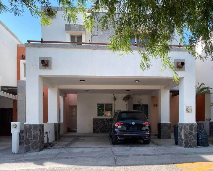 Renta casa totalmente amueblada Residencial Tosali