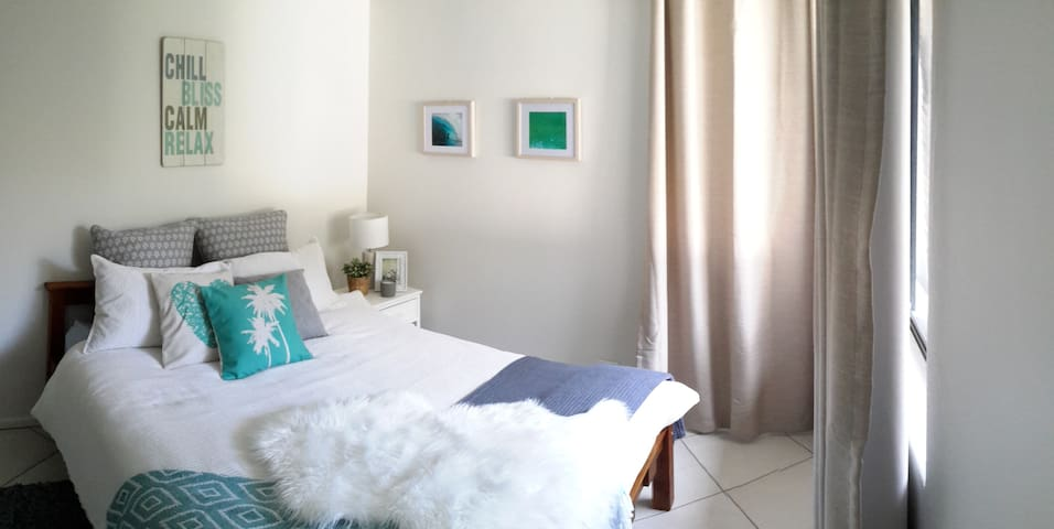 Fab Alex beach pad!! Avail weekends, Jun/Jul hols! - Alexandra Headland - Apartemen