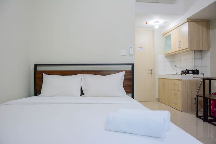 Comfortable Studio Apt at Springlake Summarecon