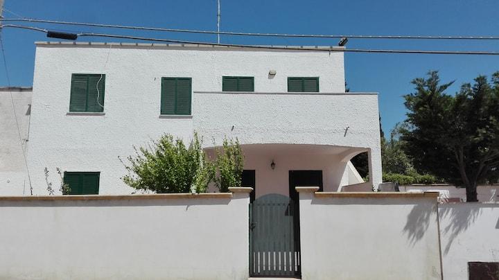 Rent house Baia Verde