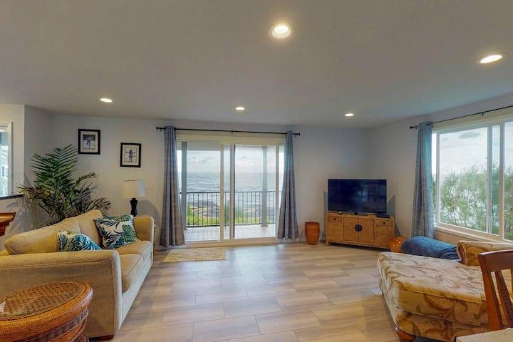 Mele Kohola-Stunning Oceanfront home w/ 3 lanais!