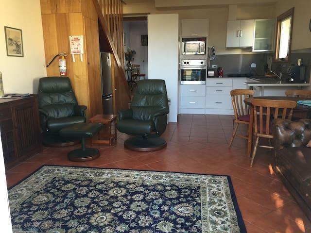 Glebe Cottages - 14A  - 2 bedroom - - Launceston - Dům