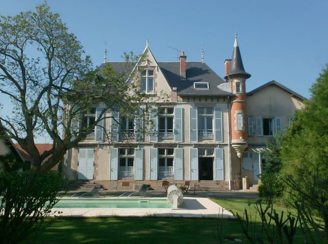 L'Echauguette - Allier - Castelo