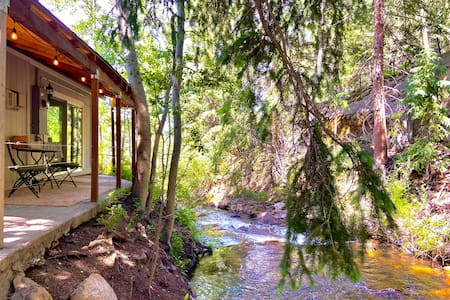 ✨Creekside Cottage✨Near Mt Evans & Hiking Trails!