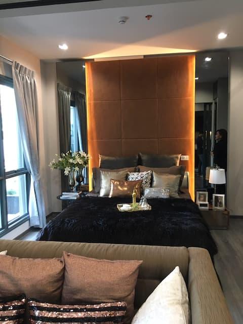 1 Bedroom Apartment next to BTS+nice view