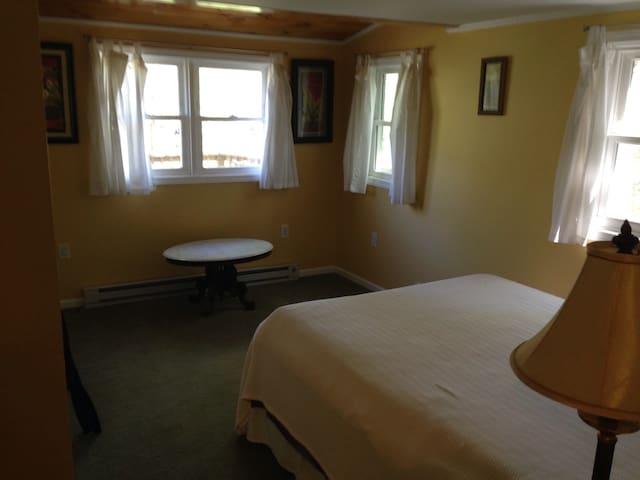 Master Bedroom - Entrance/Door View