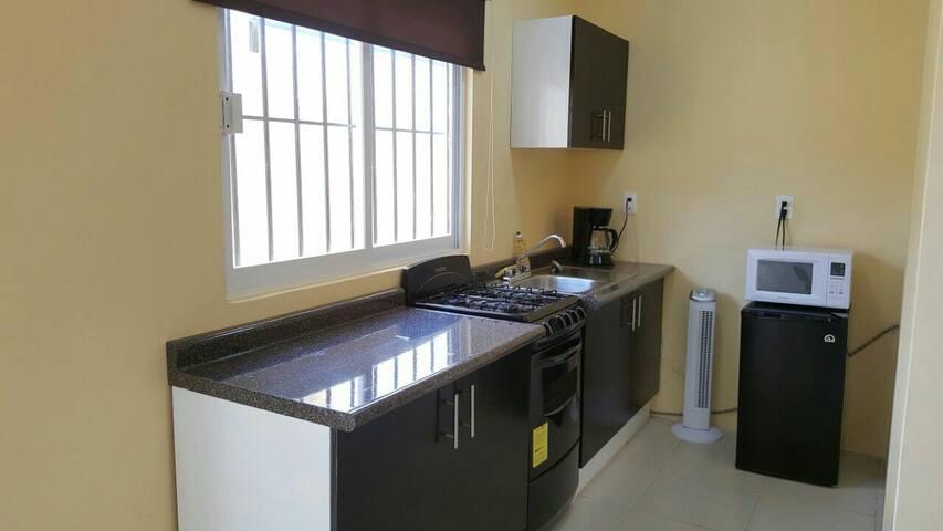 Apartamento amueblado y cómodo A/C - Villahermosa - Apartment