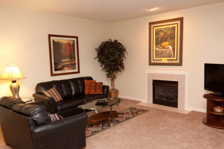 FURNISHED, FULLY EQUIPPED CONDO in SOUTHPOINTE