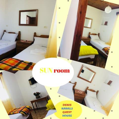 "Denis Karalli Guest House_""Sun"" room (single room)"