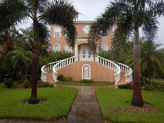 Beautiful bedroom,up-scale home, near the beaches - Seminole - Hus
