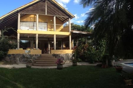 Hermosa casa en La Vega - La Vega - Casa