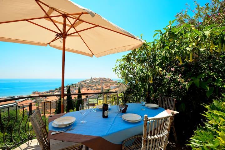 Villa Sole: vista mare, Wi-Fi e Parcheggio privato