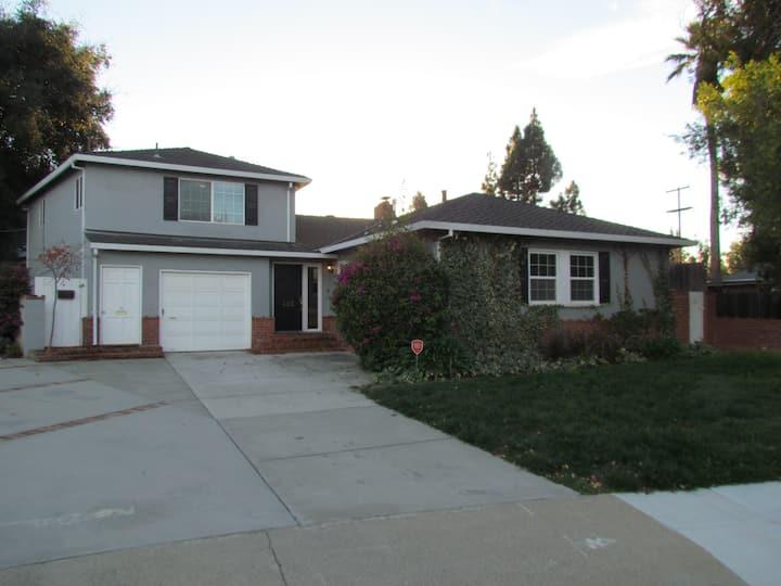Fairmont Ave 1Br/1Ba, Great Family Neighborhood
