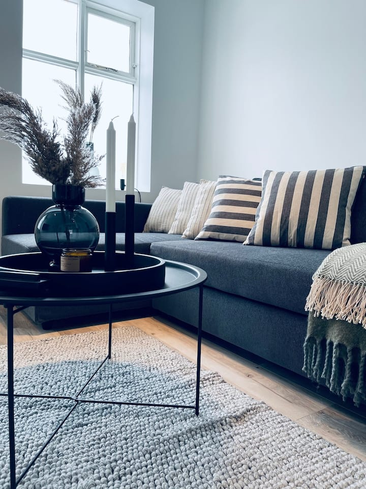 Central and romantic apartment with free parking