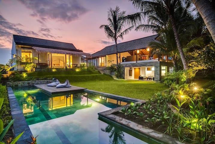 Large Ubud Villa w/ Guesthouse: Jungle, Paddy view - Ubud - Talo