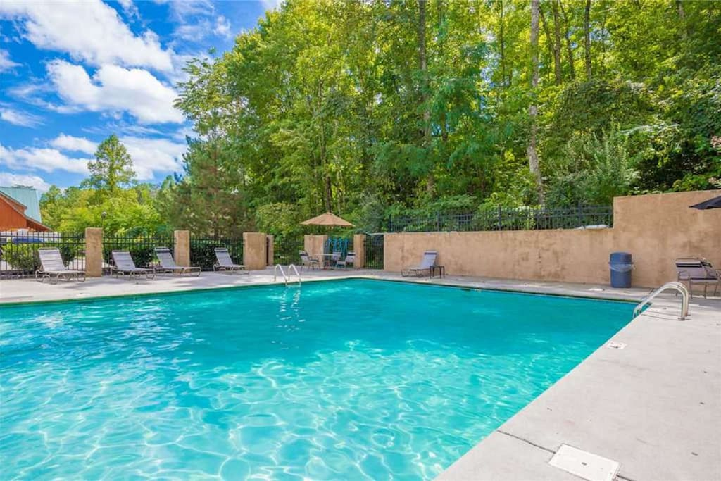 Community Pool - Relax Poolside - Soak up the Beautiful Mountain Sun while Visiting Mountain Memories!