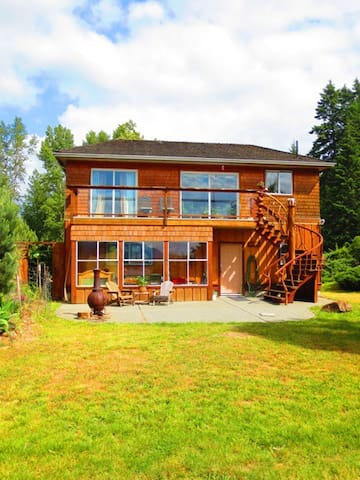 Oyster Bay Beach House - Ladysmith Harbour - Ladysmith - Бунгало