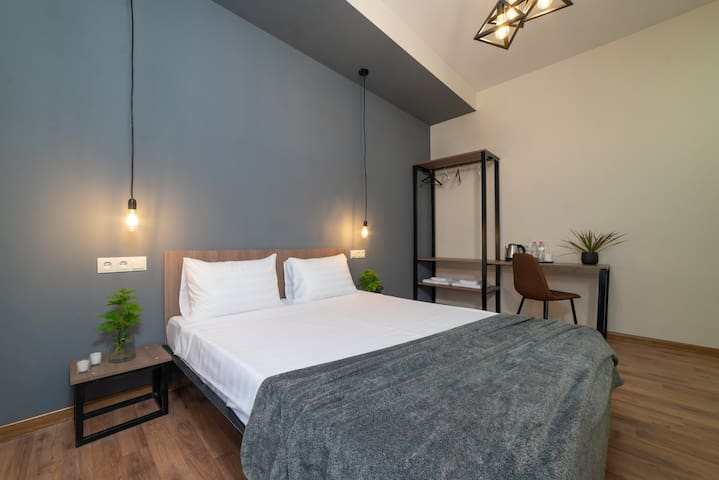 -30% discount! Deluxe Room near Railway Station