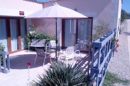Appart Hotel avec terrasse - Availles-en-Châtellerault