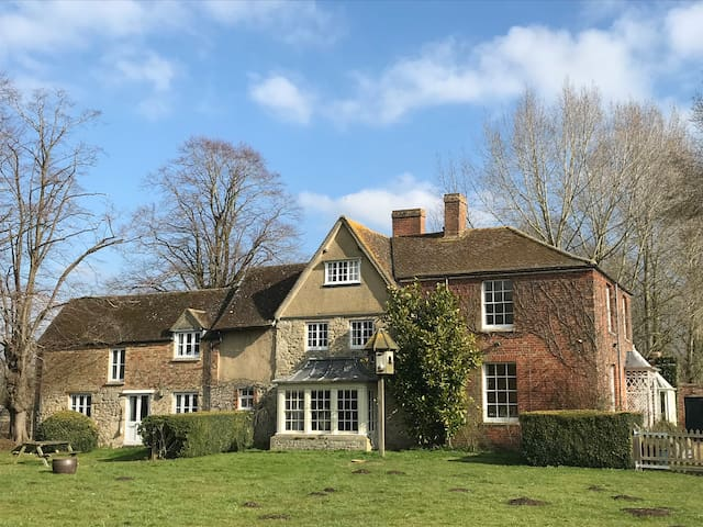 Rural retreat just 2km from Oxford city centre