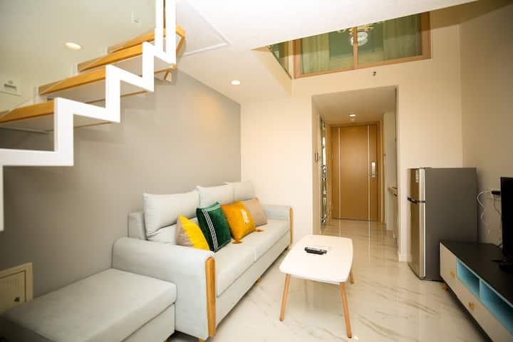 梦想家公寓|东莞东城碧桂园28平温馨loft复式双床房(近下桥地铁站)