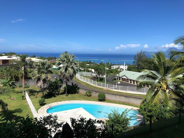 Joli Studio vue sur mer et proche de l'aéroport.