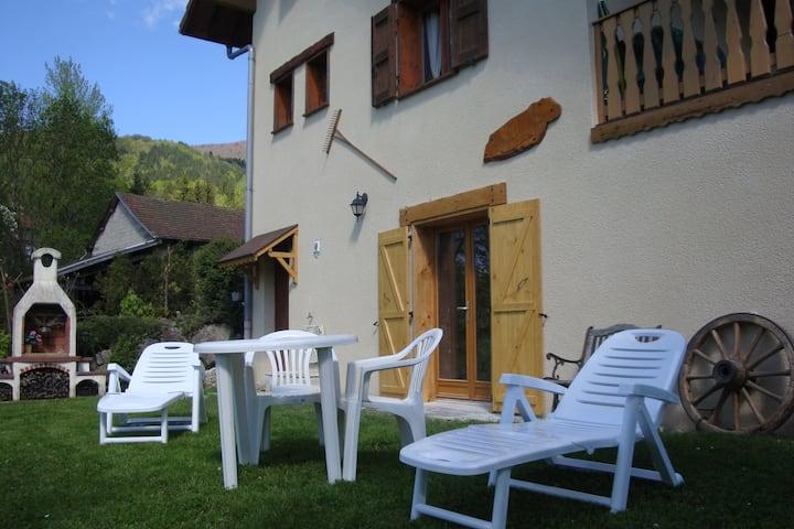 Studio classé ★★ proche Lac d'Aiguebelette, Savoie