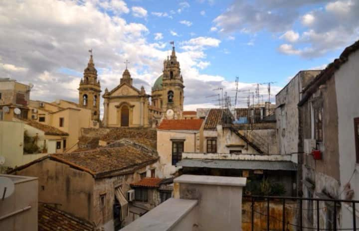Wonderful [360°] view Over PALERMO [Old Town]