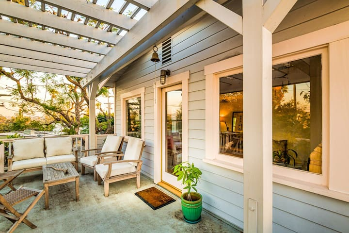 Charming Craftsman Home in Silver Lake