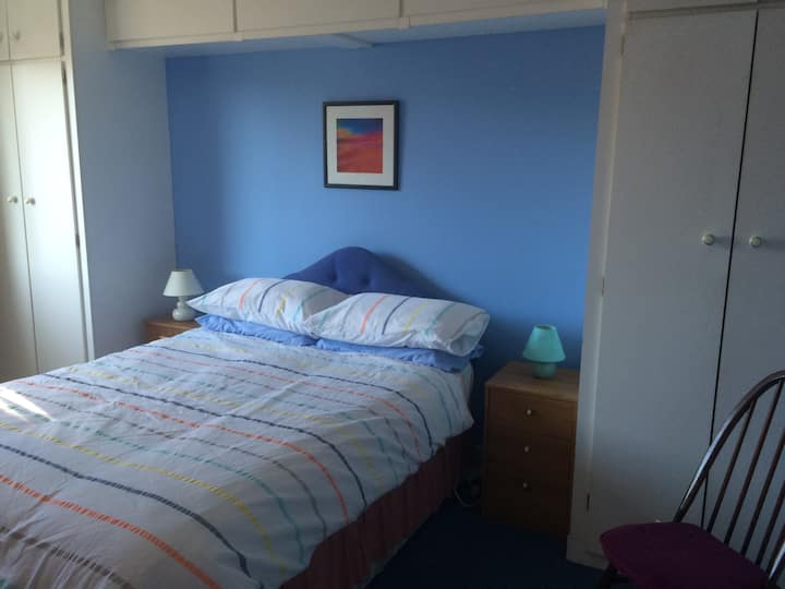 Private & comfy room in Swansea #2