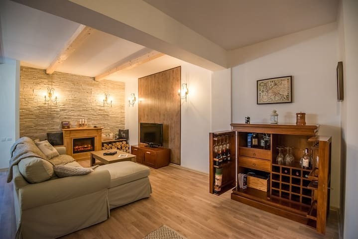 Maison d'hotes Brasov - Brașov - Huoneisto
