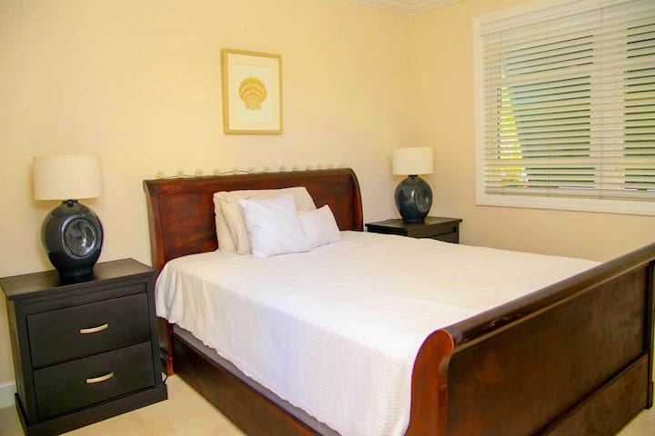 Getaway Pon Di Bay Luxury Cottage Montego Bay