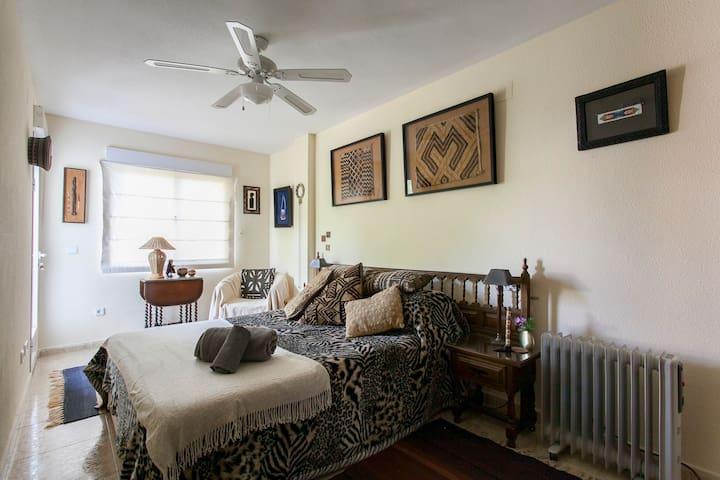 Double room en suite - La Nucia - Huis