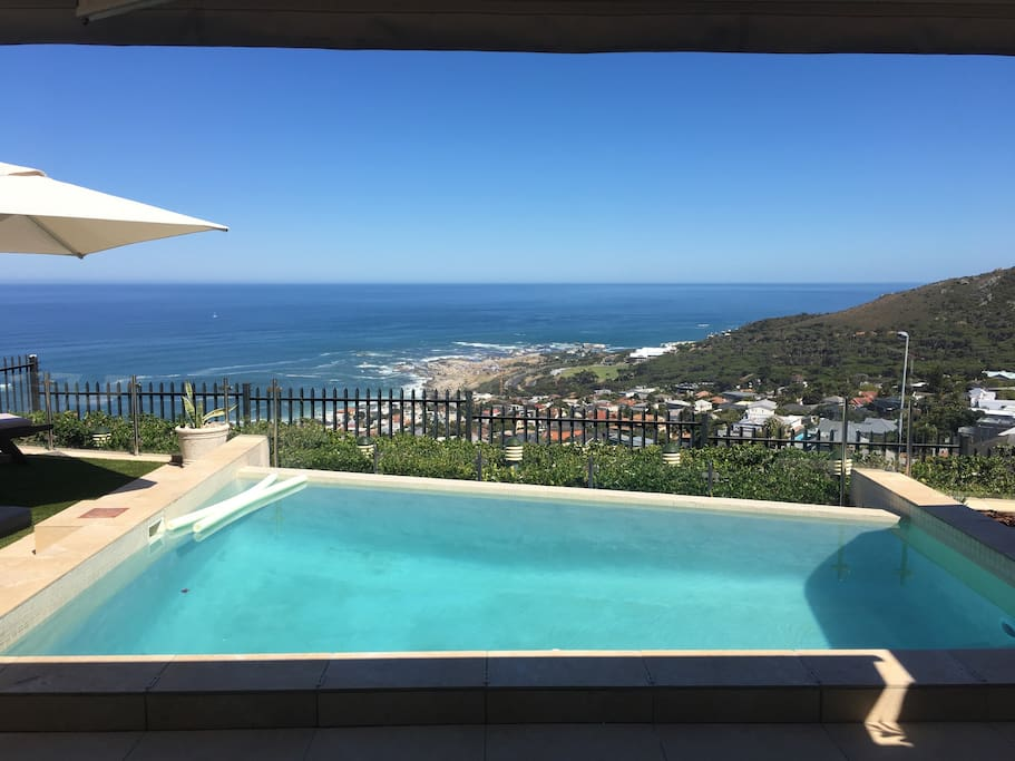 Infinity pool with panoramic views of Camps Bay