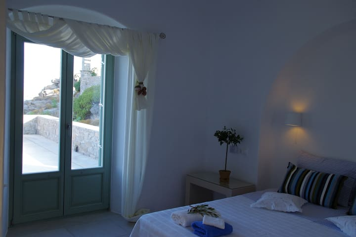 Paros Cyclades Blue Villa sea front in Naoussa