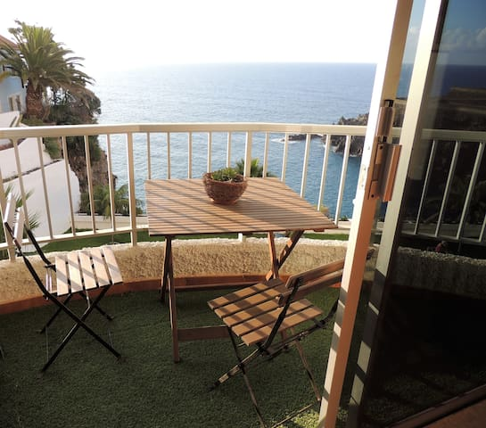 Cozy apartment with ocean stunning views - Wifi