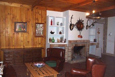 Casa rural en Posadas de 4 a 8 pers - Posadas - Chalet