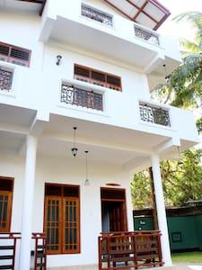 The Cool Nest Yala Resort - Tissamaharama