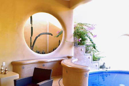 Casa Gema #1 cozy, private bathroom, pool, terrace - Zihuatanejo