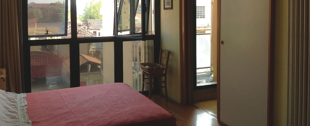 Cozy little flat, 5 min walking from centre - Asti - Apartment