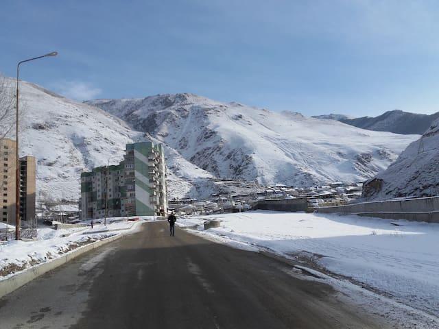 Apartments Elbrus 50$ - Tyrnyauz - Wohnung