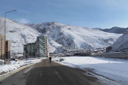Apartments Elbrus 50$ - Tyrnyauz - Daire