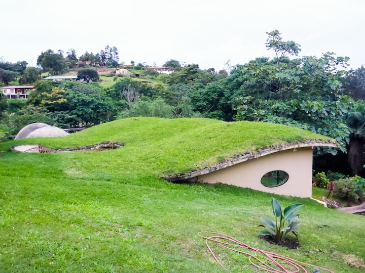 THE CUSUCA , home for rent at Lake Arenal.-