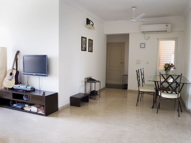 Luxurious apartment in posh area - Mumbai - Apartment