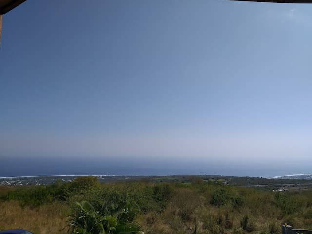 Grand studio vue panoramique - proche plages