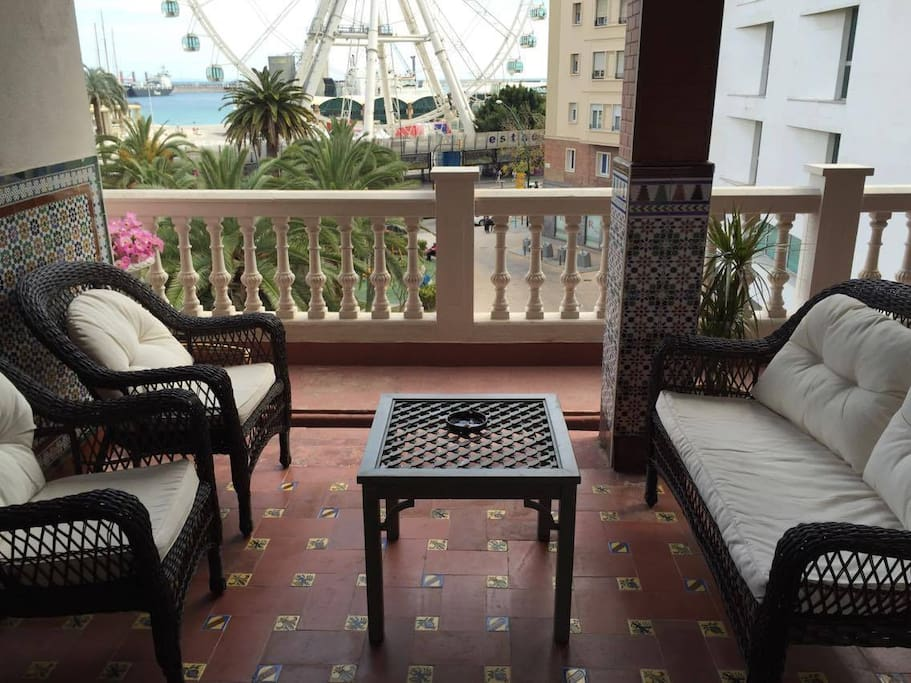 La azotea habitaci n 3 bed breakfasts for rent in for Beds 4 u malaga